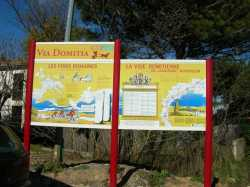 Panneaux de la voie romaine