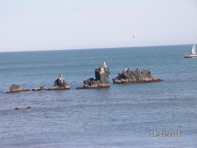 Cap d'Agde Chaines rocheuses au pied des falaises