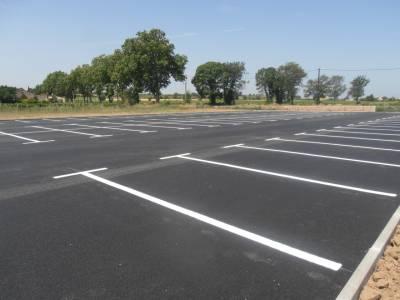Photo-titre pour cet album: Le nouveau Parking Avenue de Pomérols