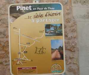 la pancarte histoire du village